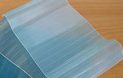 Plaque de toiture transparente FRP